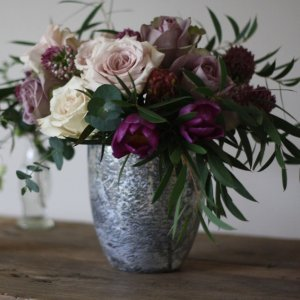 Vase i antik sølv