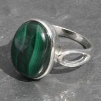 Malachite Oval Ring | Lumina Jewellery