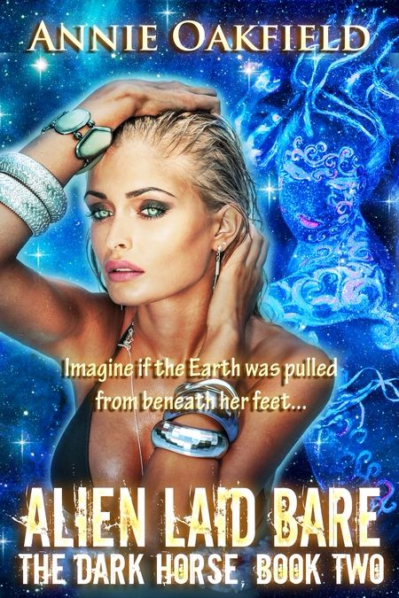 New Release: Alien Laid Bare by Annie Oakfield