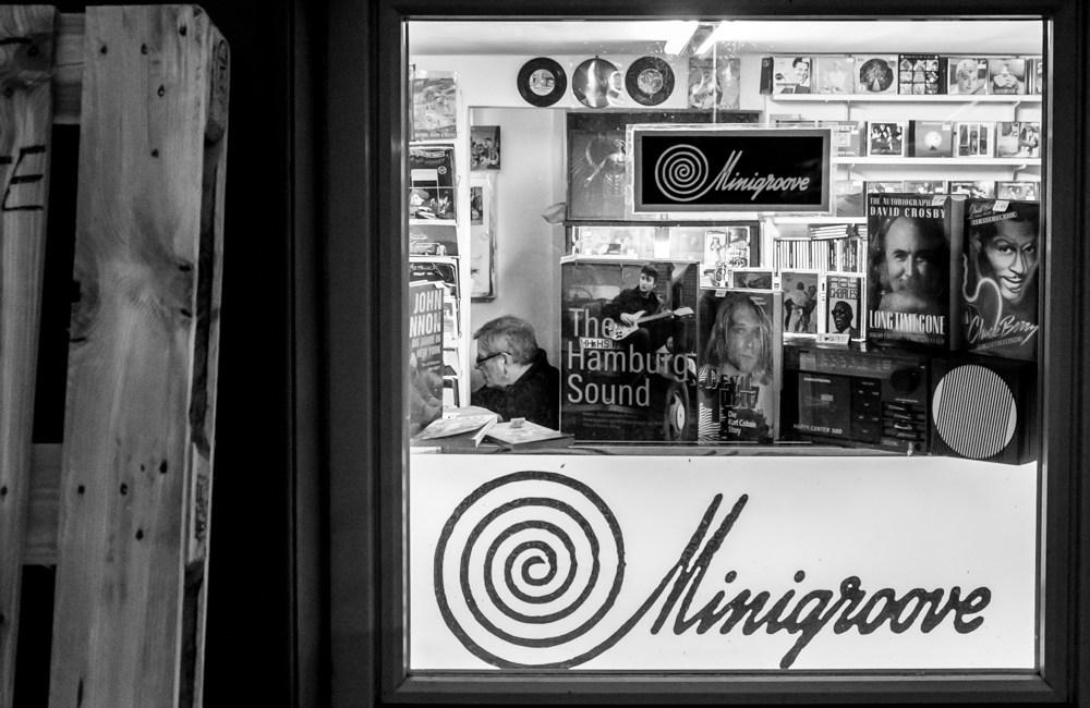 Minigroove