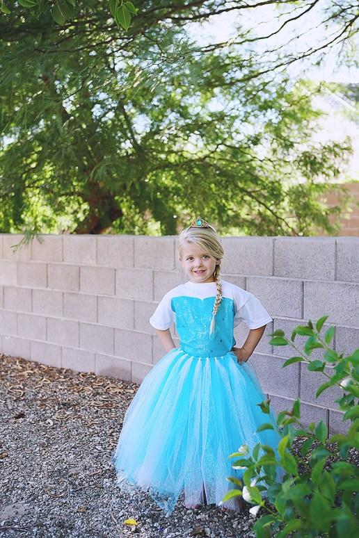 Elsa costume DIY