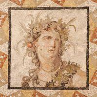 Bust of a 2nd Century Roman hottie.