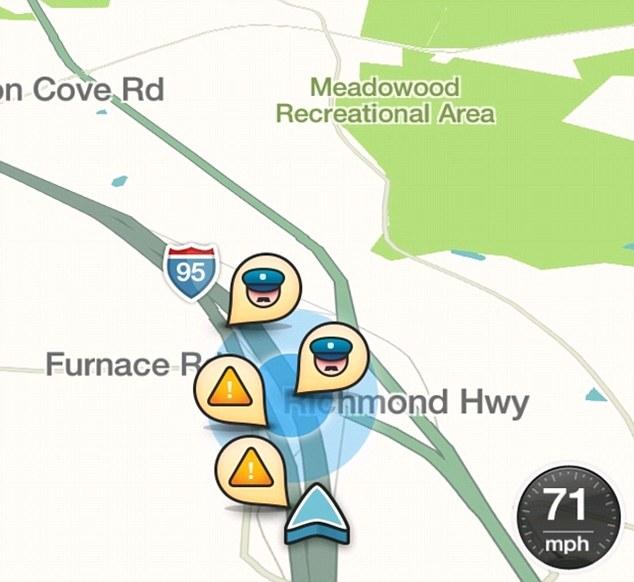 How works GPS navigation mobile app