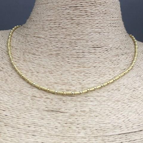 Collar bañado en oro 22k de 43cm Alargue 3cm Mostacilla Tubo Lijado 2x4mm Bolita 2.3mm LBO31344