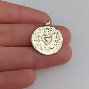 Dije bañado en oro de 19mm Medallón Corazón LDB81389