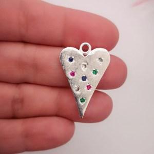 Dije bañado en plata de 30mm Corazón Circones Color LDB81508
