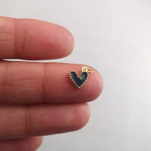 Dije bañado en oro 18k de 9mm Corazón Esmalte Negro LDB81989