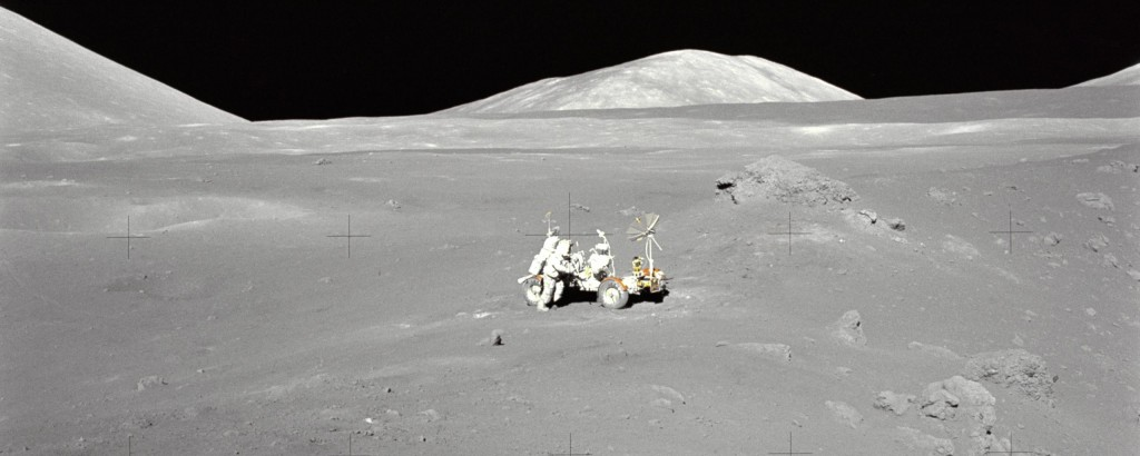 Lunar Moon Rover (Photo)