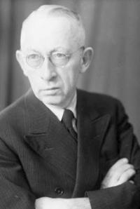Dr Hans Eppinger