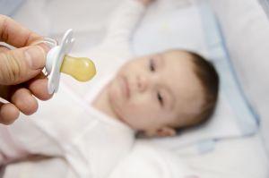 Lima (5) Sebab TAK BOLEH Beri Puting Kosong (Pacifier) Pada Bayi