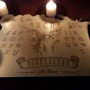spiritisme avec planche de ouija