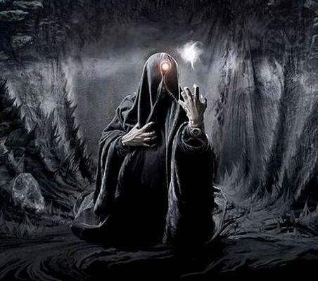 Mage Noir Mystique
