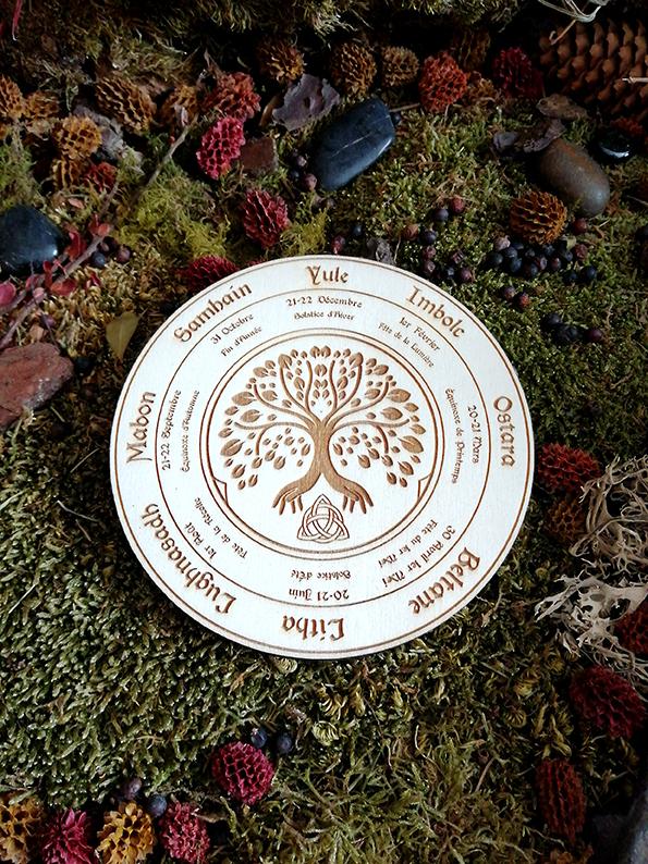 roue wiccan en bois