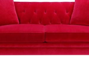 il divano rosso da cui ho guardato le migliori serie tv del 2015