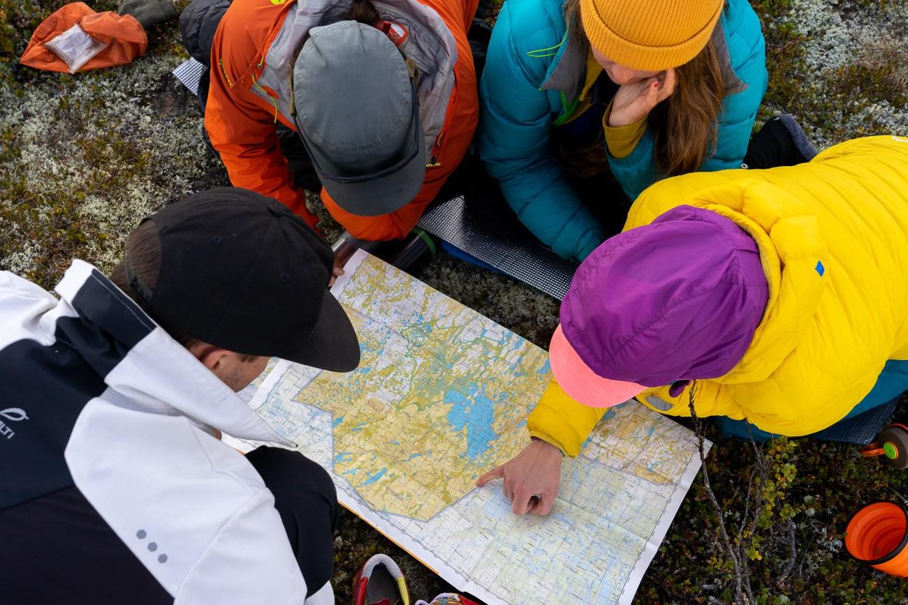 Luontohaasteen retkeilykurssi opettaa sinulle tärkeitä retkeilytaitoja.
