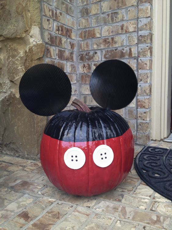 Mickey Mouse Pumpkin - No Carve