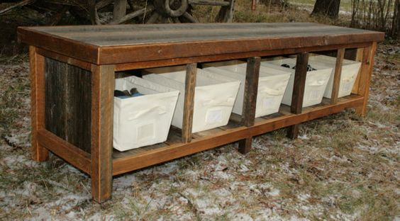 3 Simple Rustic Bench Ideas for Entry Ways and Foyers