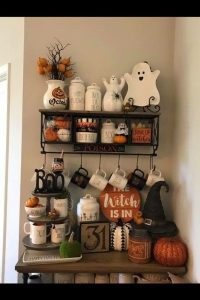 55+ Ways To Decorate Your Tiered Tray for Halloween ...
