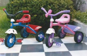 "Triciclo metal (rueda chapa) Kiko ""Rodasur"""