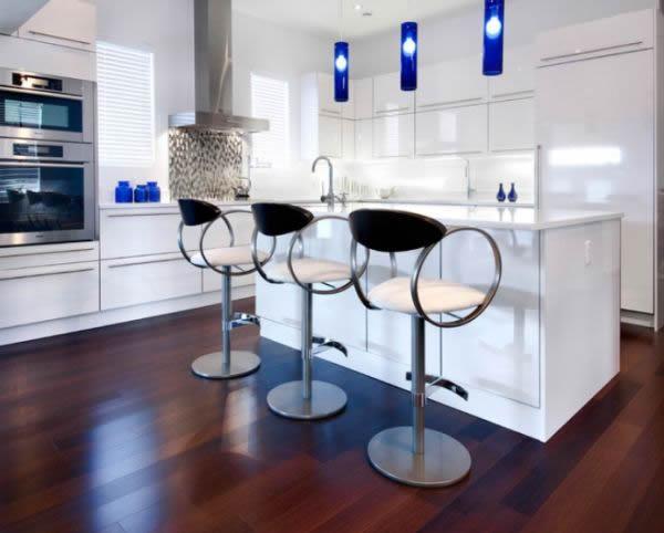 20 Sculptural Furniture Design Ideas, Modern Bar Stools