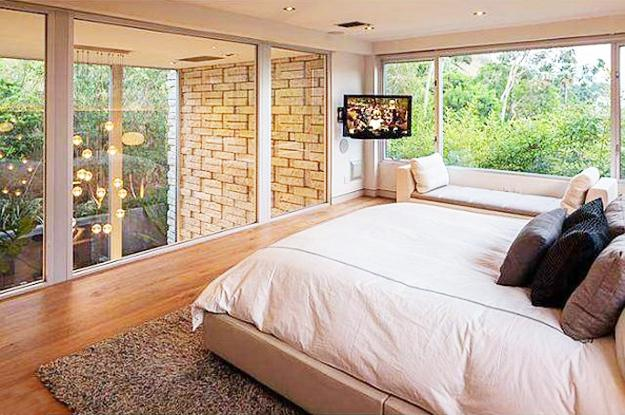 Spectacular Large Windows Bringing Nature Into Modern Bedrooms