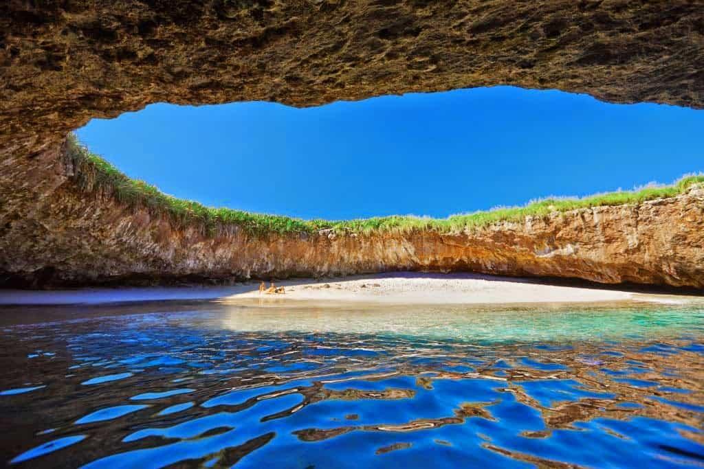 Hidden_beach
