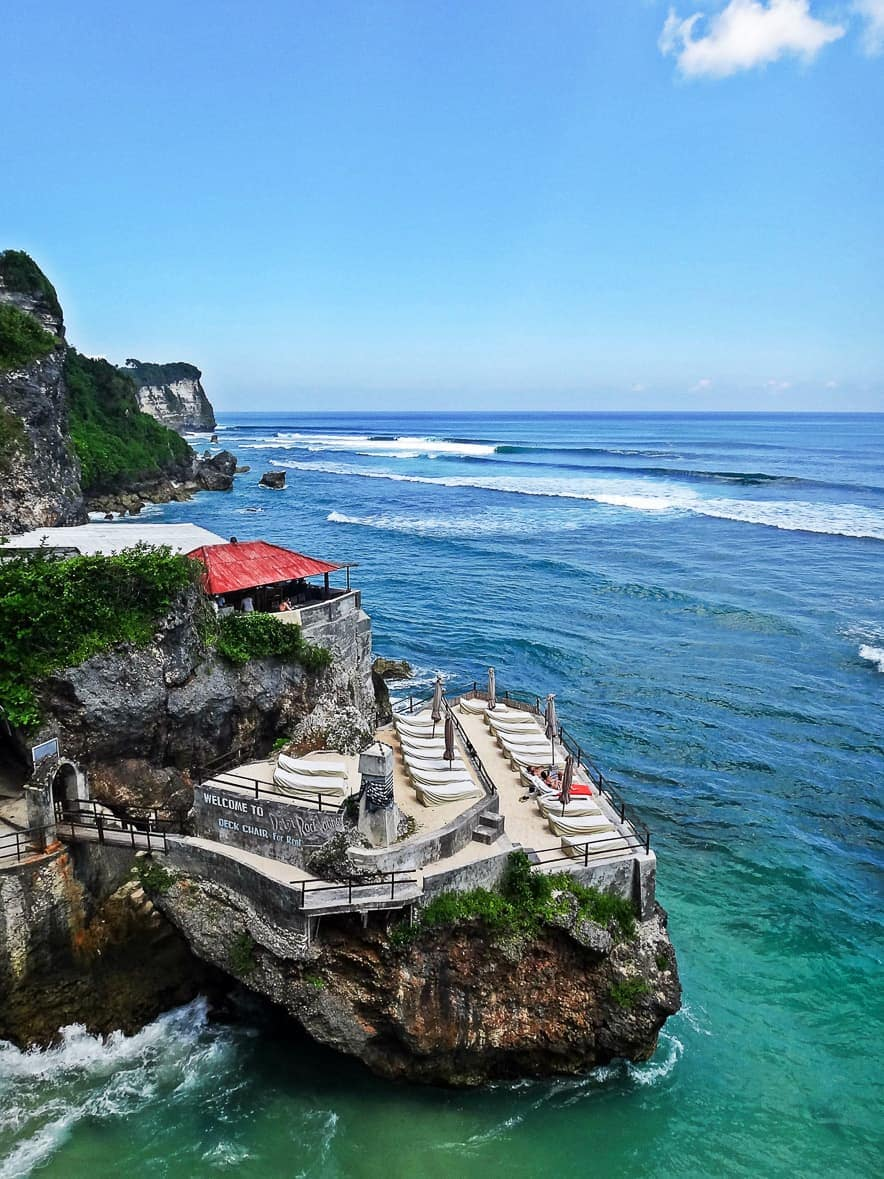 surfing uluwatu view from warungs