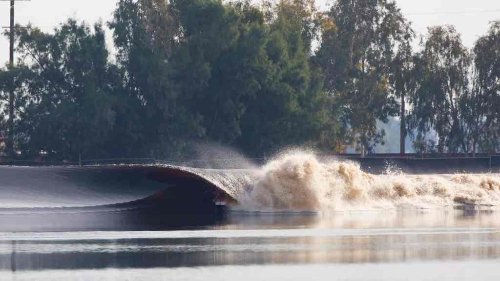 Types of surf breaks - Kelly Slater Wave Co