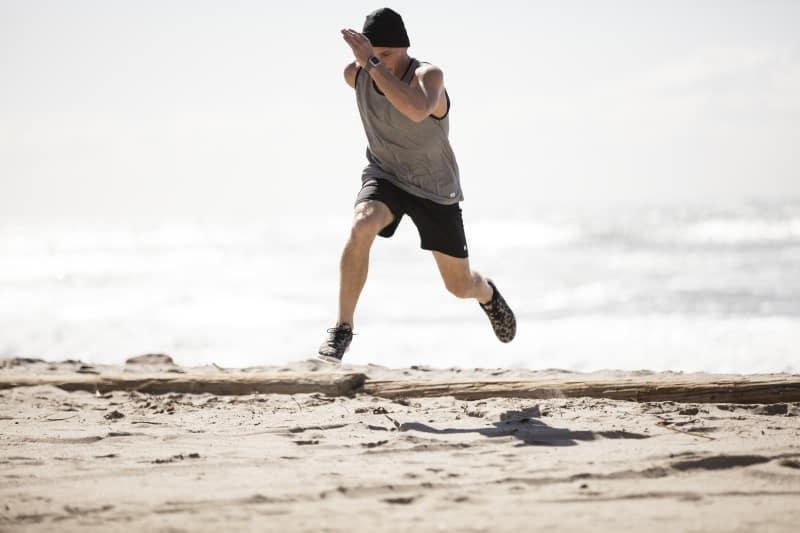 Sustainable Beach-Inspired Activewear by Vuori / tuvalu tank / evolution short