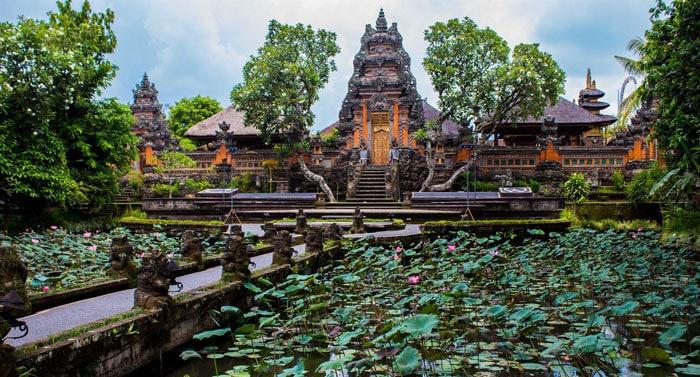 Guide to Surfing Bali | Pura Taman Saraswati Temple