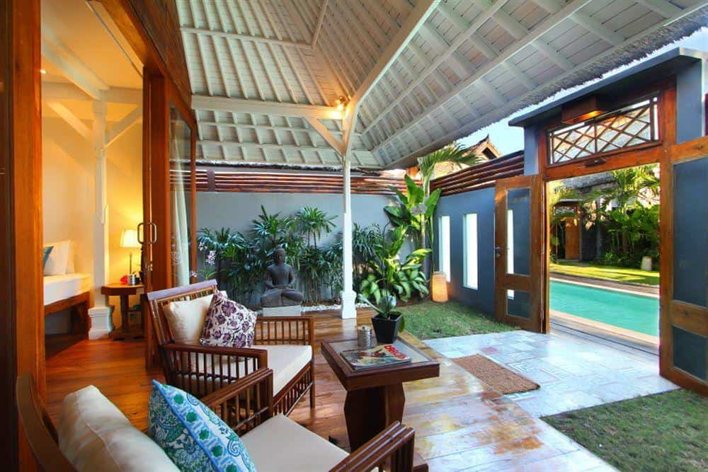 Guide to Surfing Bali | The Apartments Canggu