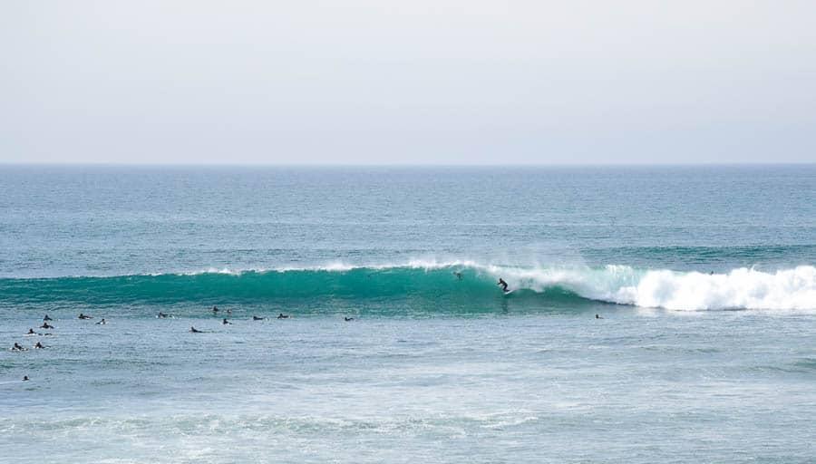 Encinitas surf / A surfer's guide to Encinitas