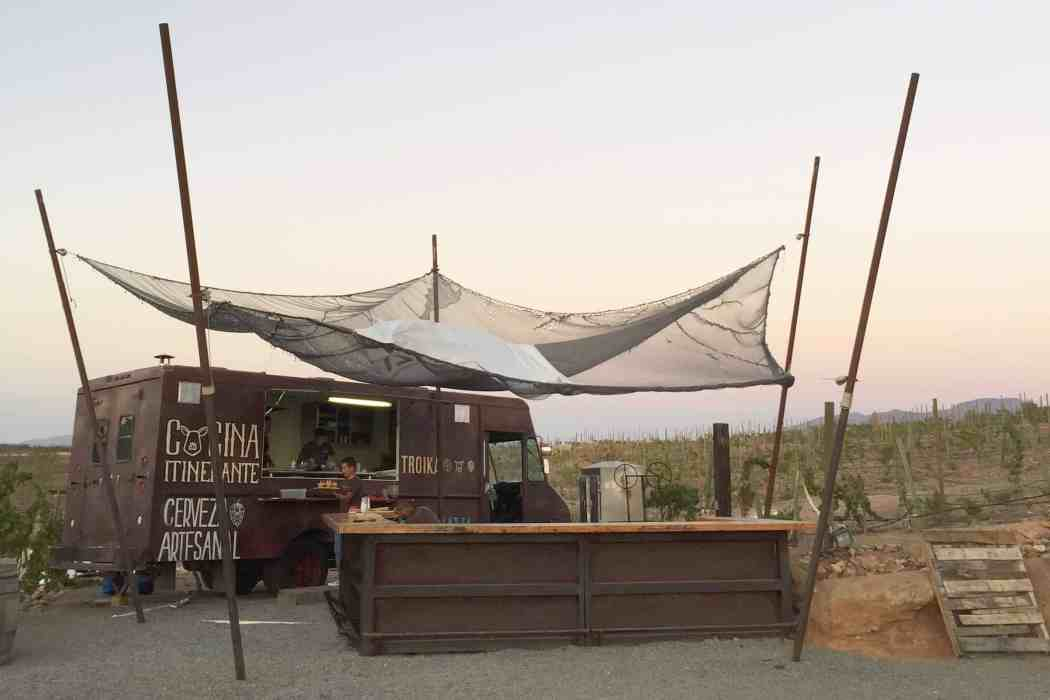 Troika Food Truck / Guadalupe Valley, Mexico / 24 Hours in Baja's Wine Country