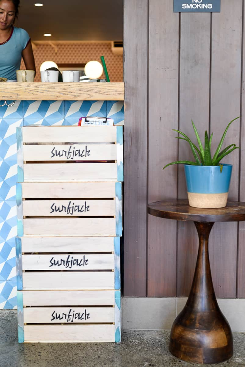 Surfjack Hotel & Swim Club / A Vintage-Inspired Boutique Hotel in Waikiki / Mahina and Sun's