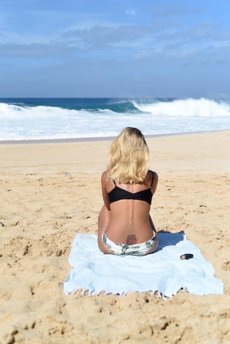 watching north shore surf