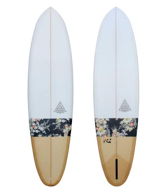 surfboard gold feel flows