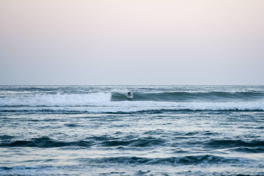 surfing new zealand whangamata surf