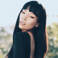 "Dami Im Premieres Stunning New Single ""Fighting For Love"""