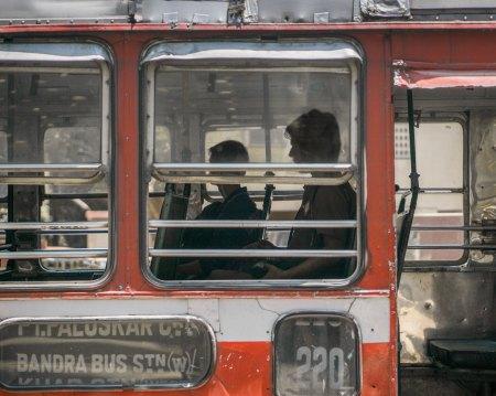 Crowded bus in Mumbai