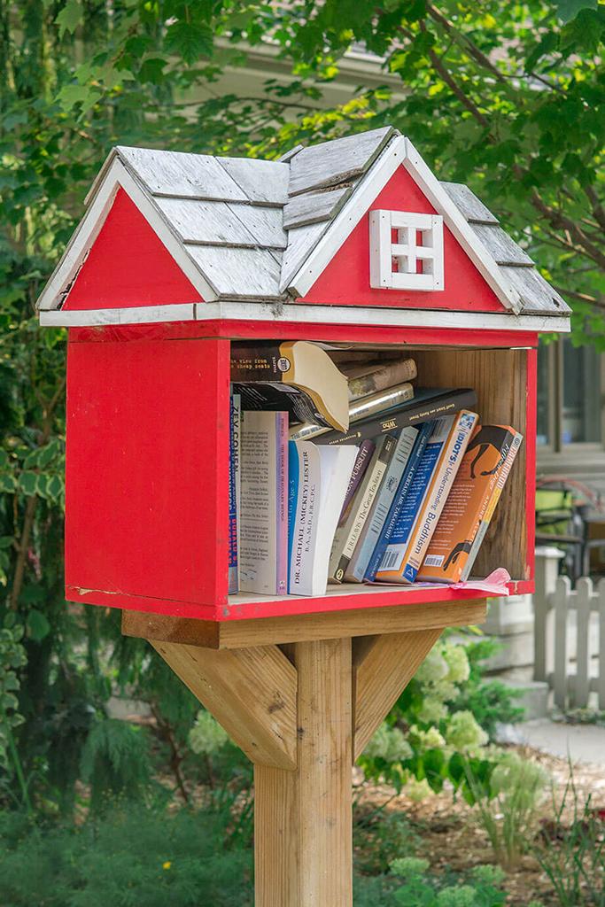 RIVERDALE little library