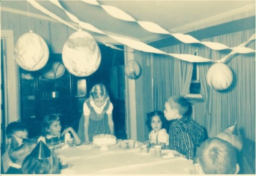 Speaking of young, this is a photo of the very first birthday that I can actually remember. I'm pretty sure I was four