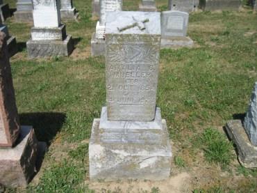amalia-mueller-gravestone