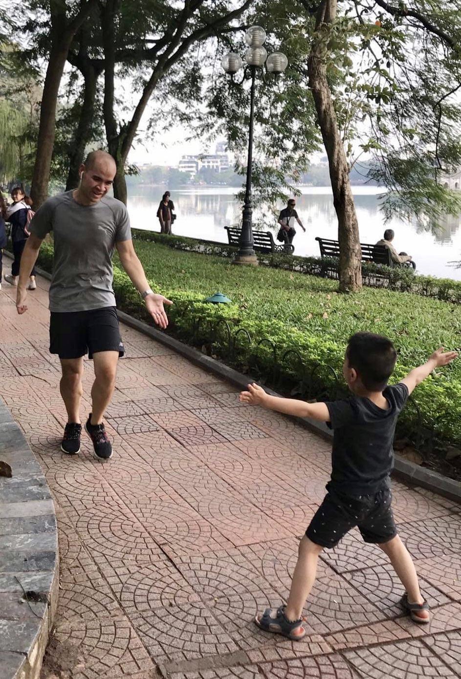 Andrew running with kid - weight loss transformation story