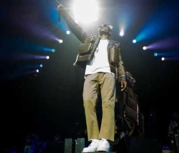 Wizkid Sends Special Thanks & Appreciation To Burna Boy, Naira Marley, Olamide & Others