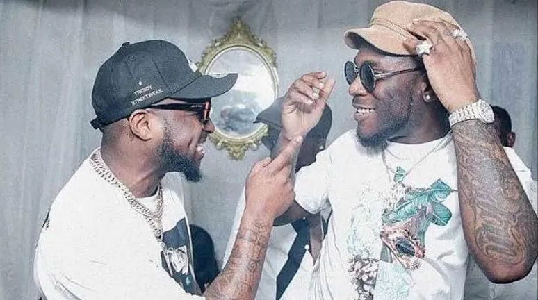 Burna Boy and Davido allegedly fight at Ghanaian nightclub (video)