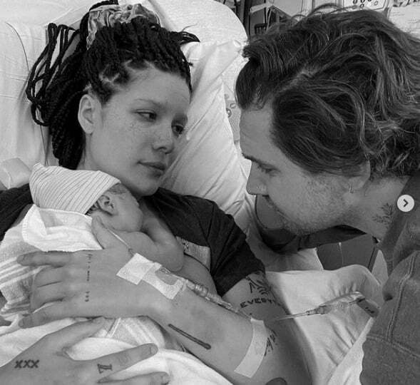 American, Singer Halsey a& screenwriter Alev Aydin welcomes their first child