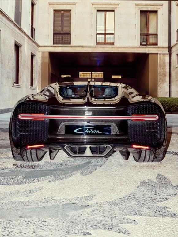 luxafrique bugatti fast cars