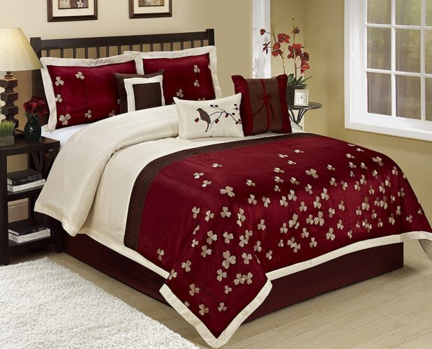 Burgundy Bedspreads And Burgundy Comforter Sets At LuxComfyBedding