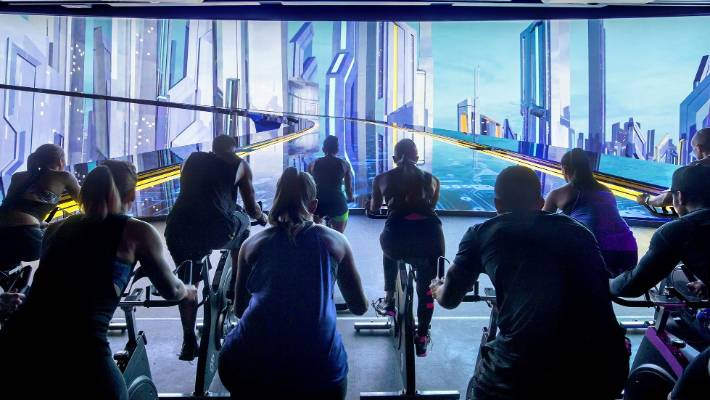 Luxe Fitness gym in Bristol offers Les Mills The Trip classes. Book today!
