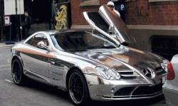 El Hadji Diouf et son Mercedes McLaren
